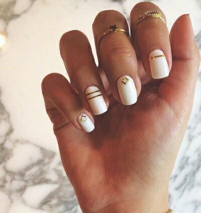Białe paznokcie - 15 modnych stylizacji