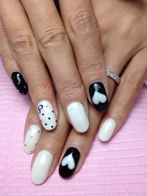 14 Inspiracji Na Biało Czarny Manicure