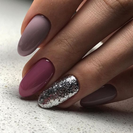 Paznokcie z Brokatem: TOP 25 Super Inspiracji na Manicure